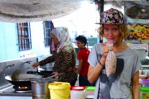 10 reasons why not to avoid street food