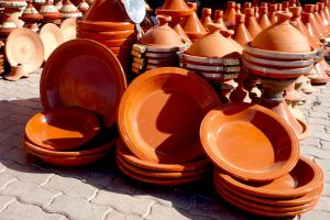 Tajine - traditional Moroccan ceramics for making tajine by Authentic World Food