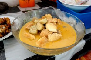 Eggplant and tofu curry Indonesian style - Tahu terong santan
