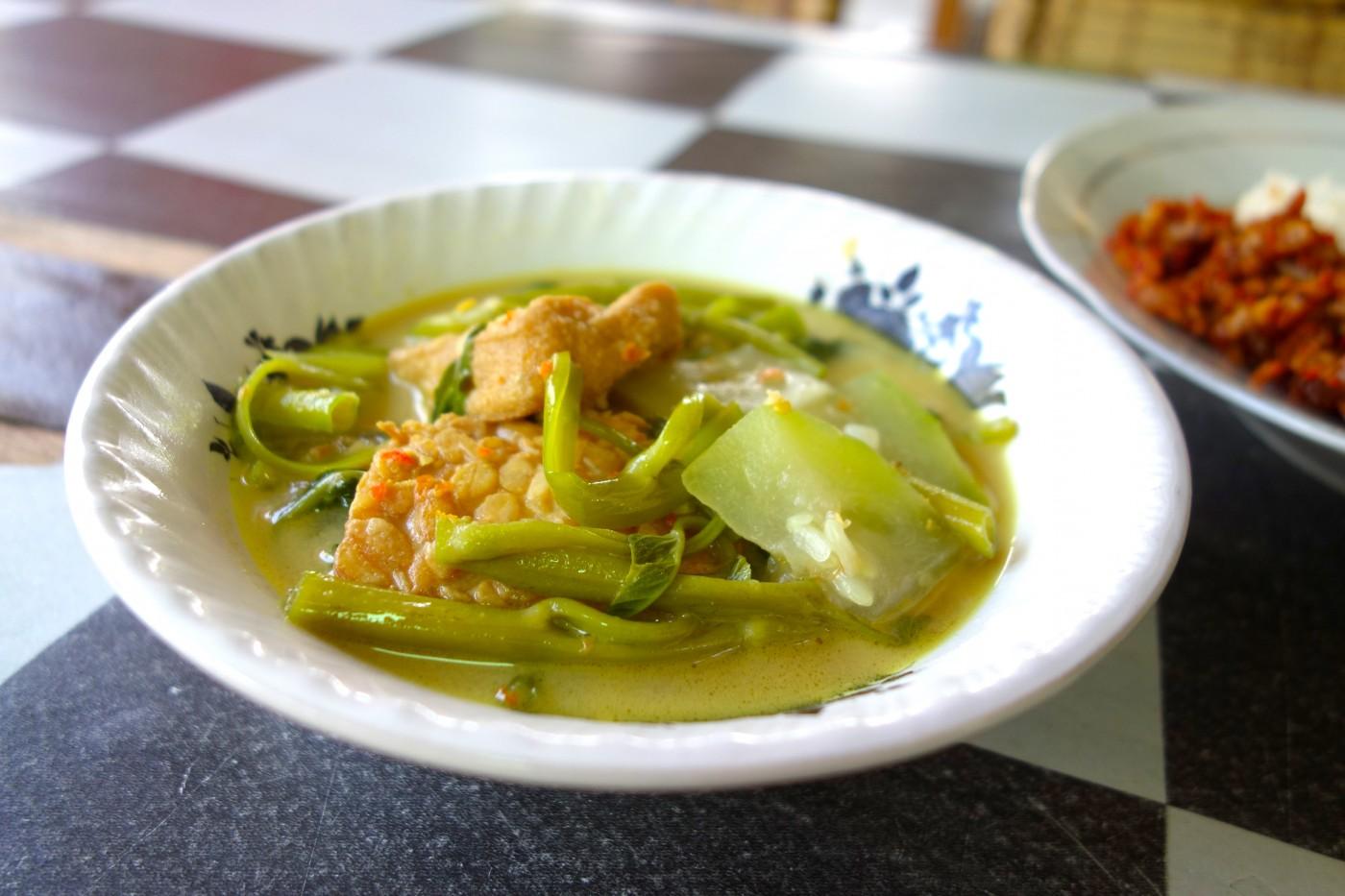 Tempeh Tofu Veggie Curry Santan Sayur Tempe