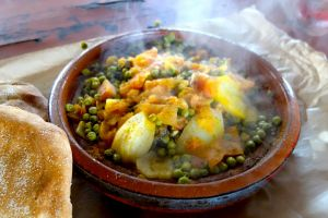 Beef tajine with green peas